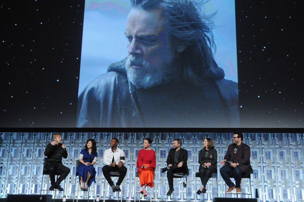 Mark Hamill mint Mózes, akarom mondani Luke Skywalker