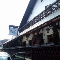 Vadász étterem és panzió, Répáshuta