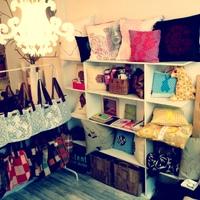 Táskák, párnák, ékszerek - Élet egy női műhelyben