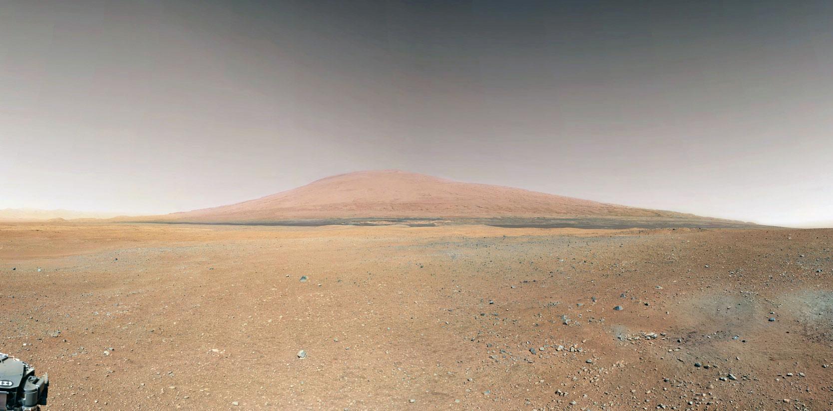 mt-sharp-in-gale-crater-curiosity-bradbury-landing.jpg