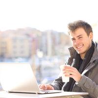 Ha online kötök biztosítást kevesebb figyelmet kapok?