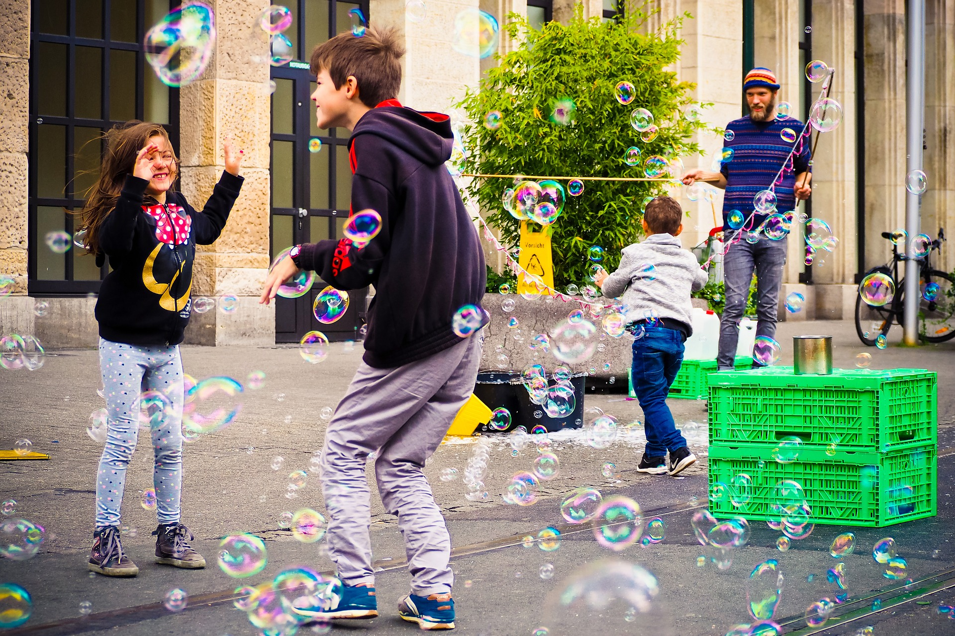 children_street.jpg