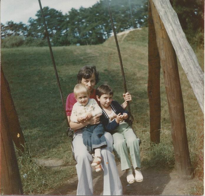 Ez a kép 1980 körül készült Balatonbogláron, nyaraláskor