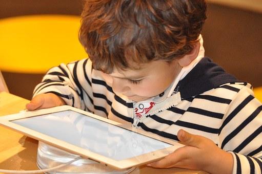 tablet_gyerek.jpg