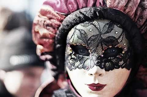 carnival-411494_480.jpg