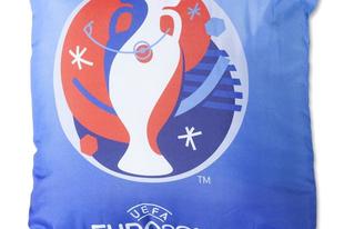 30 dizájnpárna focirajongóknak