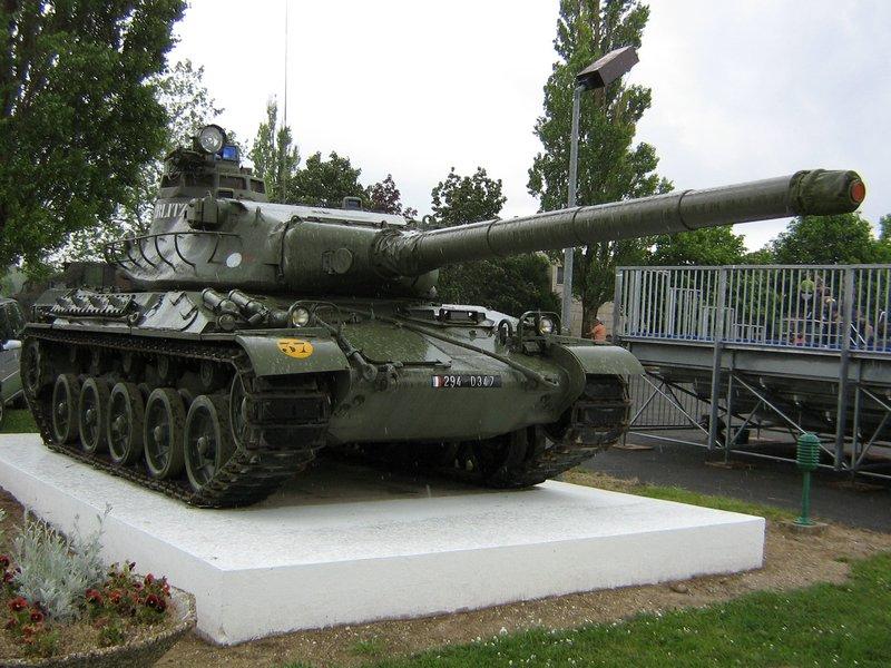 amx-30b_austerlitz_mourmelon_1.JPG