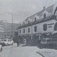 Átadták a pécsi Iparosházat - 1988. február