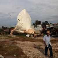 Szemétdombon végezte az óriási Marilyn Monroe szobor Kínában - FRISSÍTVE