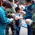 Leharapta egy medve a 9 éves kisfiú karját egy henani parkban