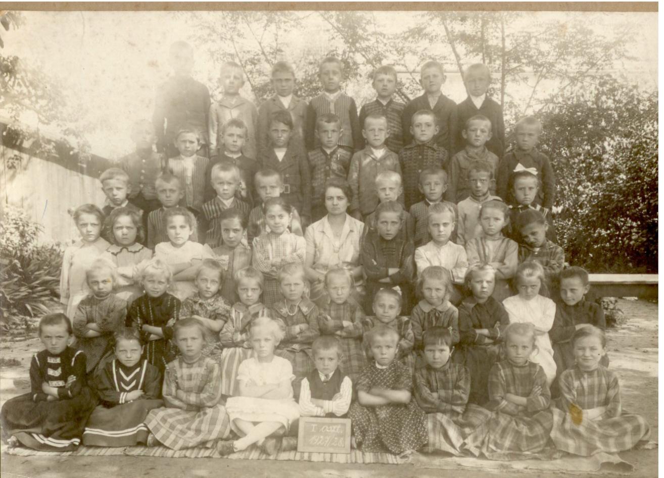 elsosok_1927-28.jpg