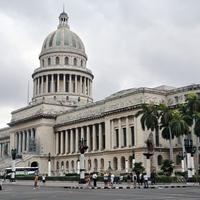 Első éjszakánk és nappalunk Kubában