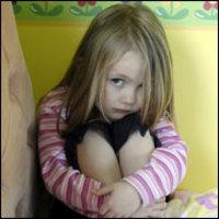 Ártatlanul vádolt apák vagy pedofil szörnyetegek?