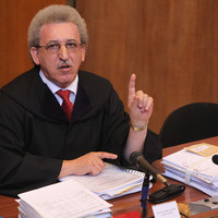 Megölték a nővérét, majd a bíróság is megbüntette 50.000 forintra