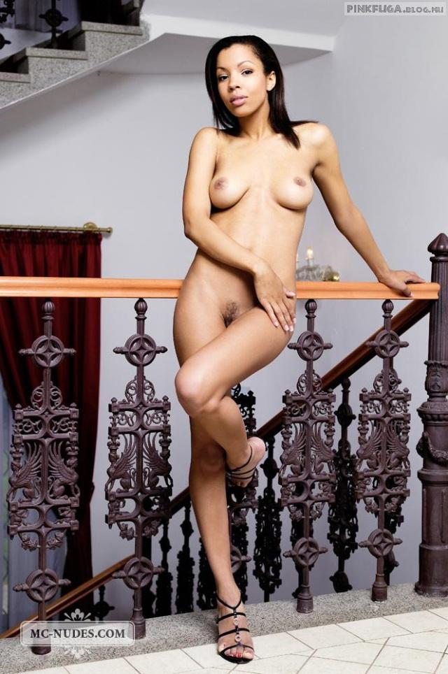 luciana-mc-nudes-01.jpg