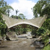Millenium Bridge, bambuszhíd Indonéziában