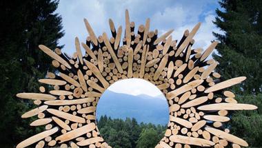 Geometriai szobrok fából