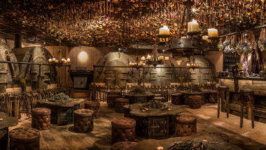 The iron fairies, a varázslatos föld alatti bár