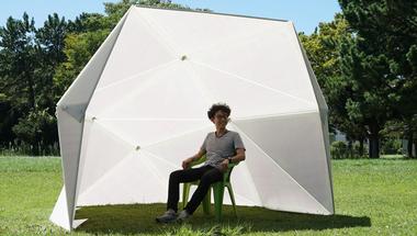 Origami kupola vészhelyzetekre és szabadtéri eseményekhez