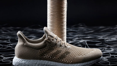 Az Adidas 100%-ban biológiailag lebomló cipője