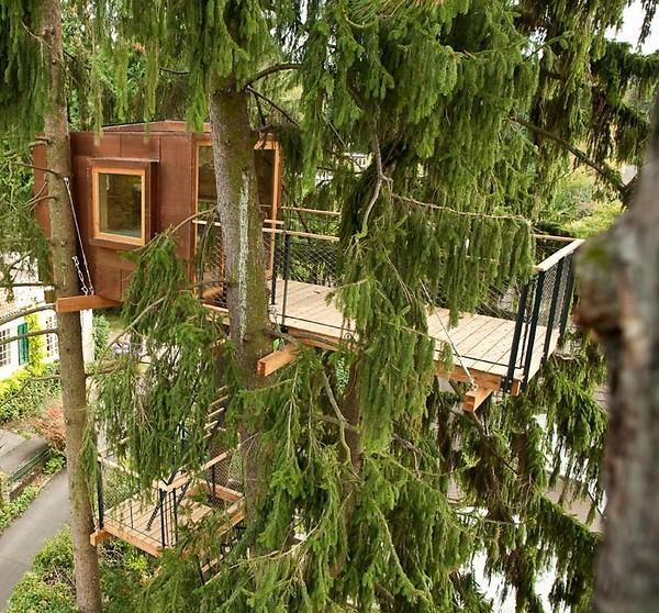 treehouse-in-switzerland-b_lvedere-treehouse-basel-005.jpg