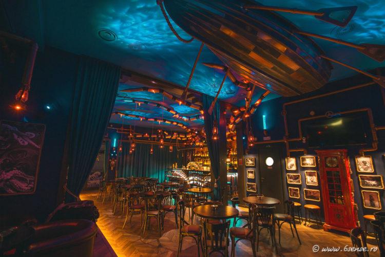 bar-interior-design-the-abyss-italy-kraken-steampunk-bistro-32-e1483570045865.jpg