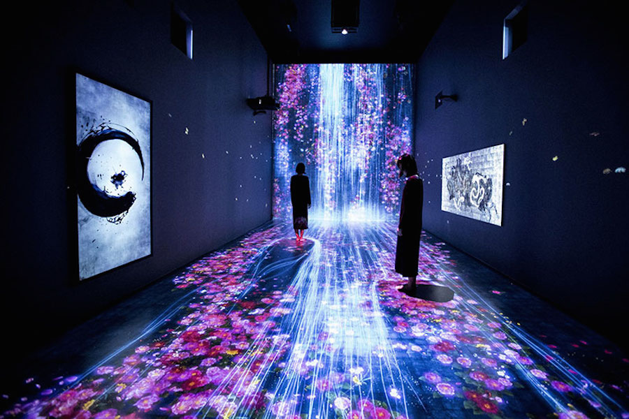 immersive-interactive-installation-in-an-art-gallery-in-london-1.jpg