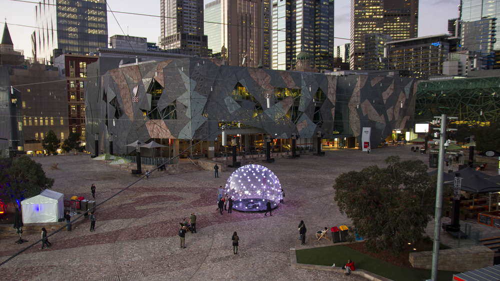 eness_sonic_light_bubble_fed_square_01.jpg