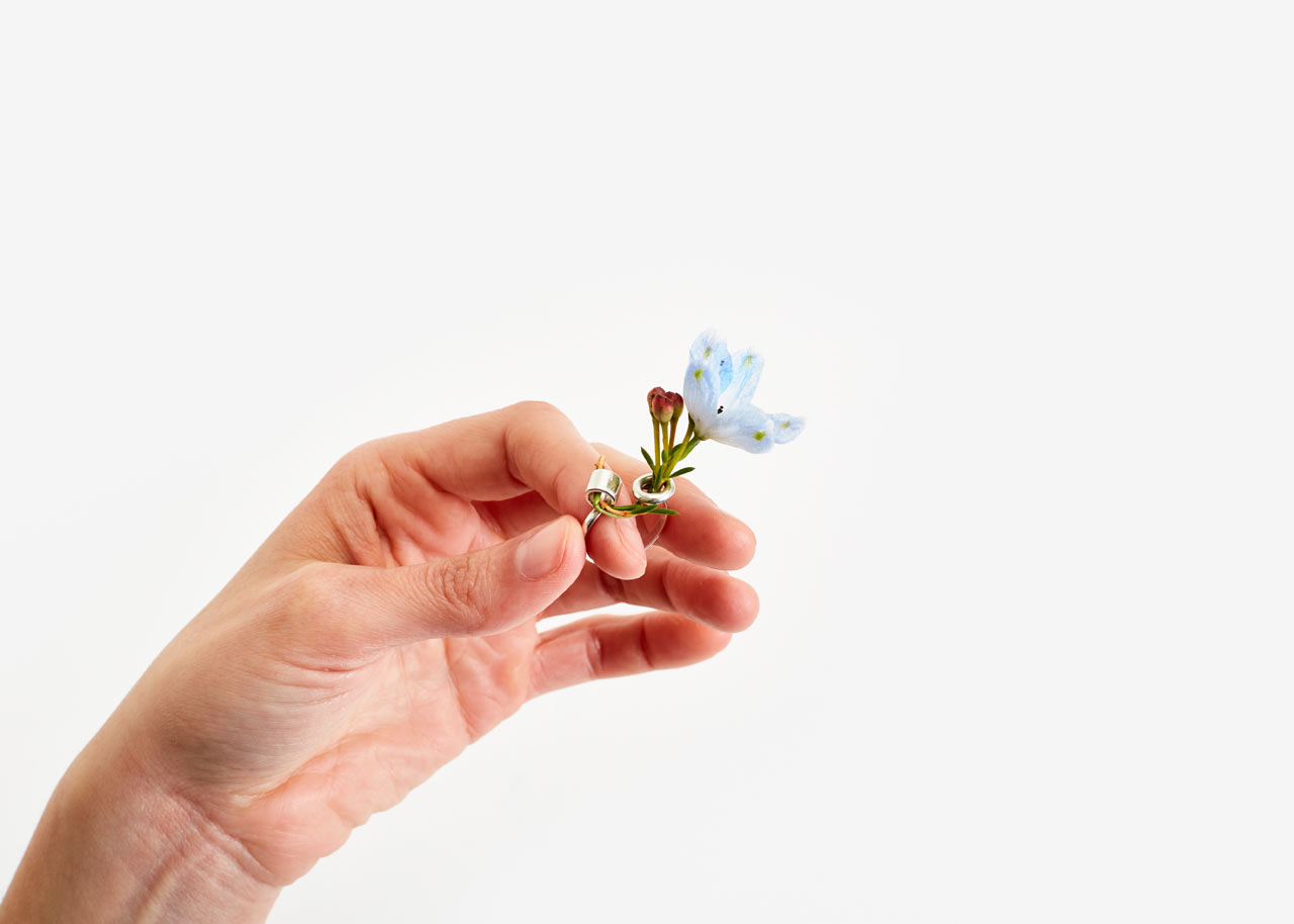 ikebana-ring-areaware-gahee-kang-1.jpg