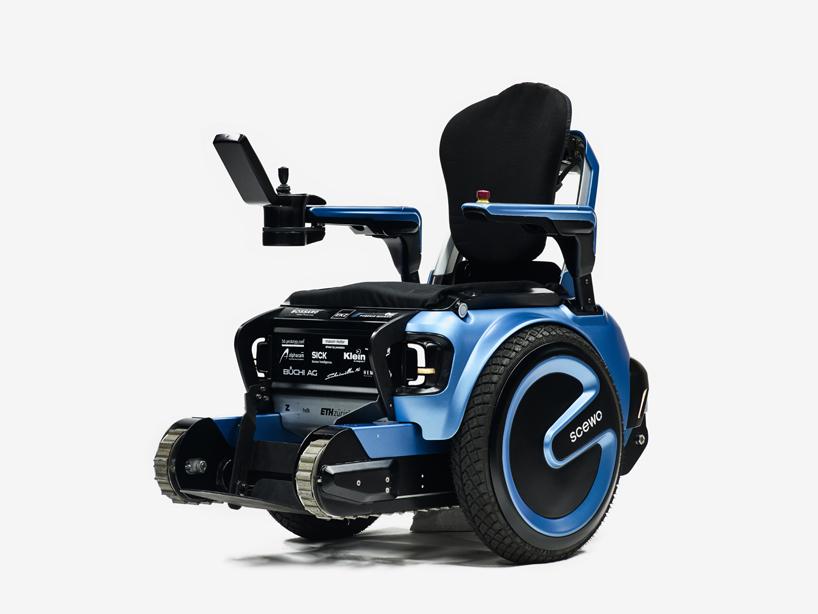 scewo-wheelchair-climb-stairs-designboom-05.jpg