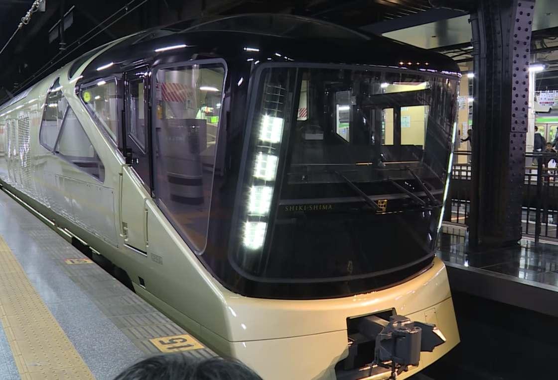 train-suite-shiki-shima-2.jpg