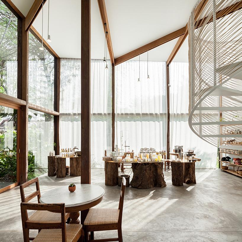 nitaprow-architets-patom-organic-living-bangkok-thailand-restaurant-retail-interior-designboom-10.jpg