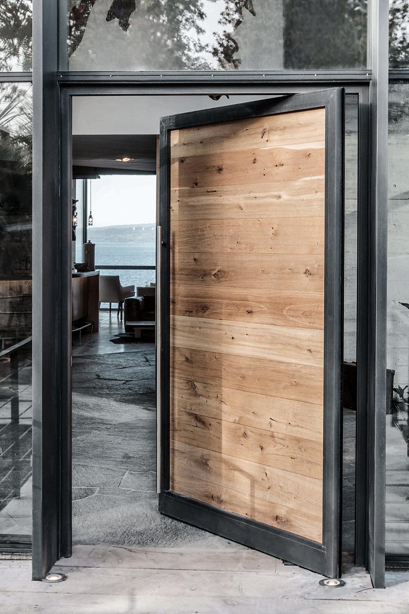 modern_minimalist_door_design.jpg