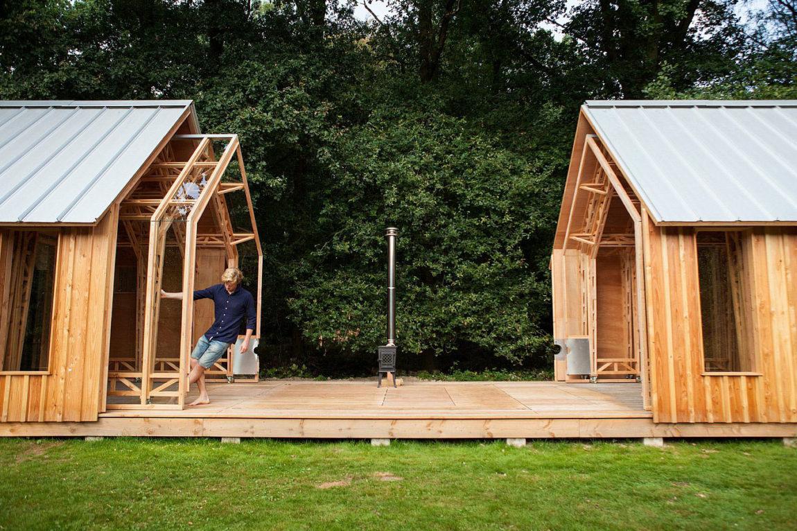 folding_wooden_house.jpg
