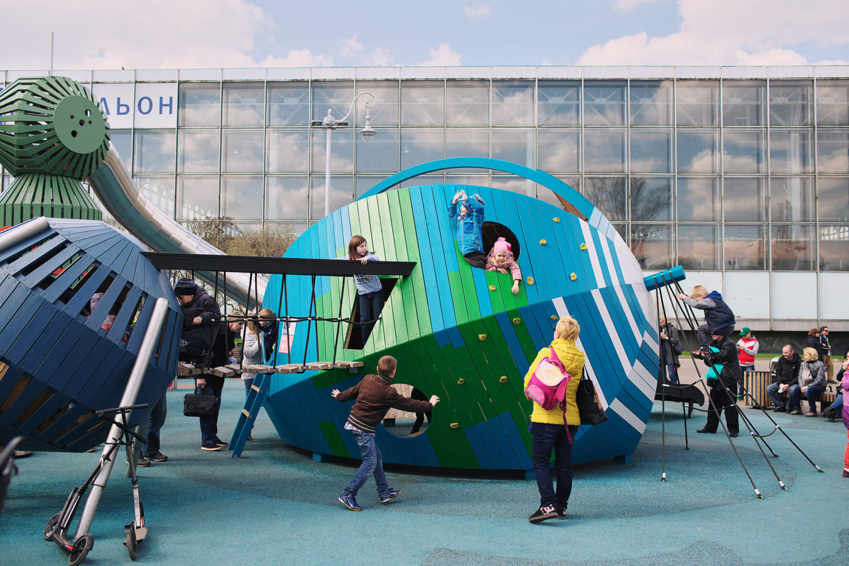 monstrum-playground-cosmos5-1500x1000.jpg