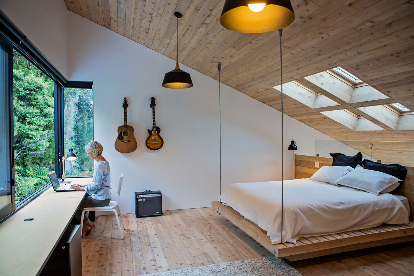 bedroom_country_house.jpg