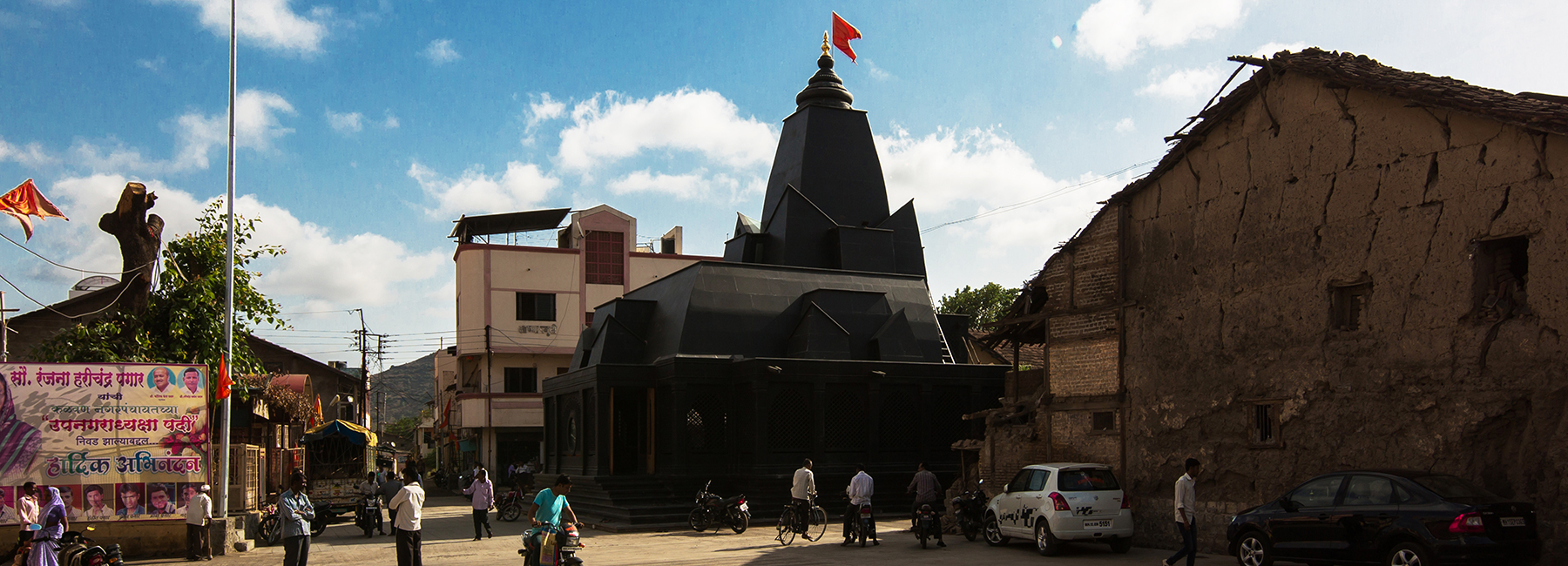 within-n-without-shailesh-devi-maruti-mandir-temple-india-designboom-1800.jpg