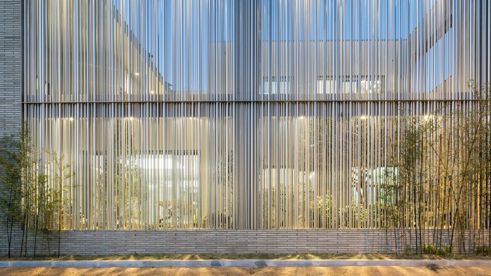 steel-grove-augmented-reality-architecture-residential-south-korea-courtyards-steel_dezeen_hero-1-1704x959.jpg