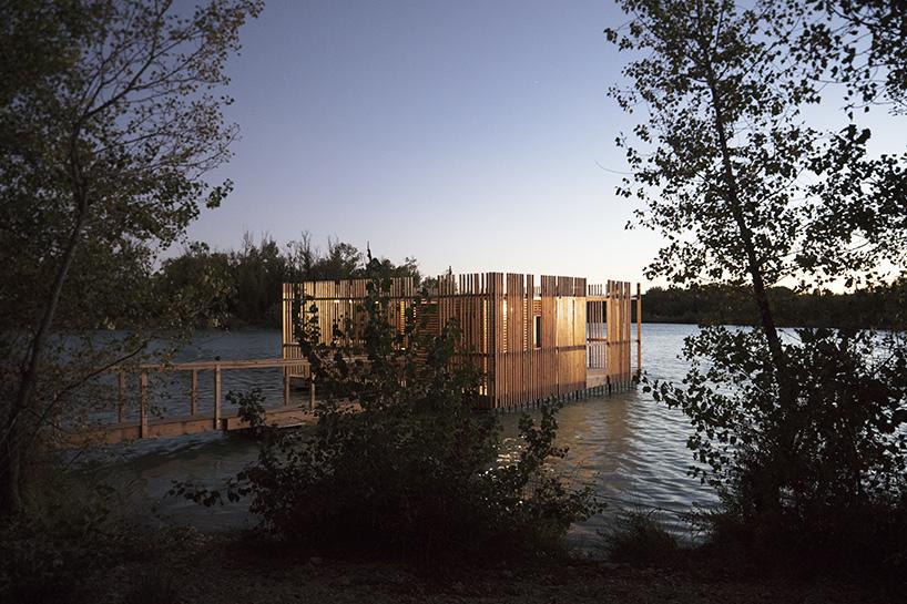 atelier-lavit-grands-cepages-eco-hotel-avignon-france-designboom-09.jpg