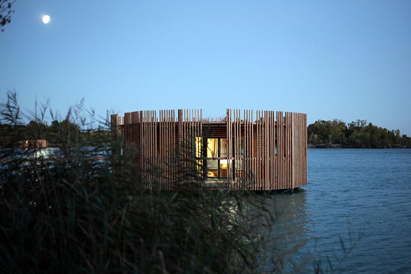 atelier-lavit-grands-cepages-eco-hotel-avignon-france-designboom-10.jpg