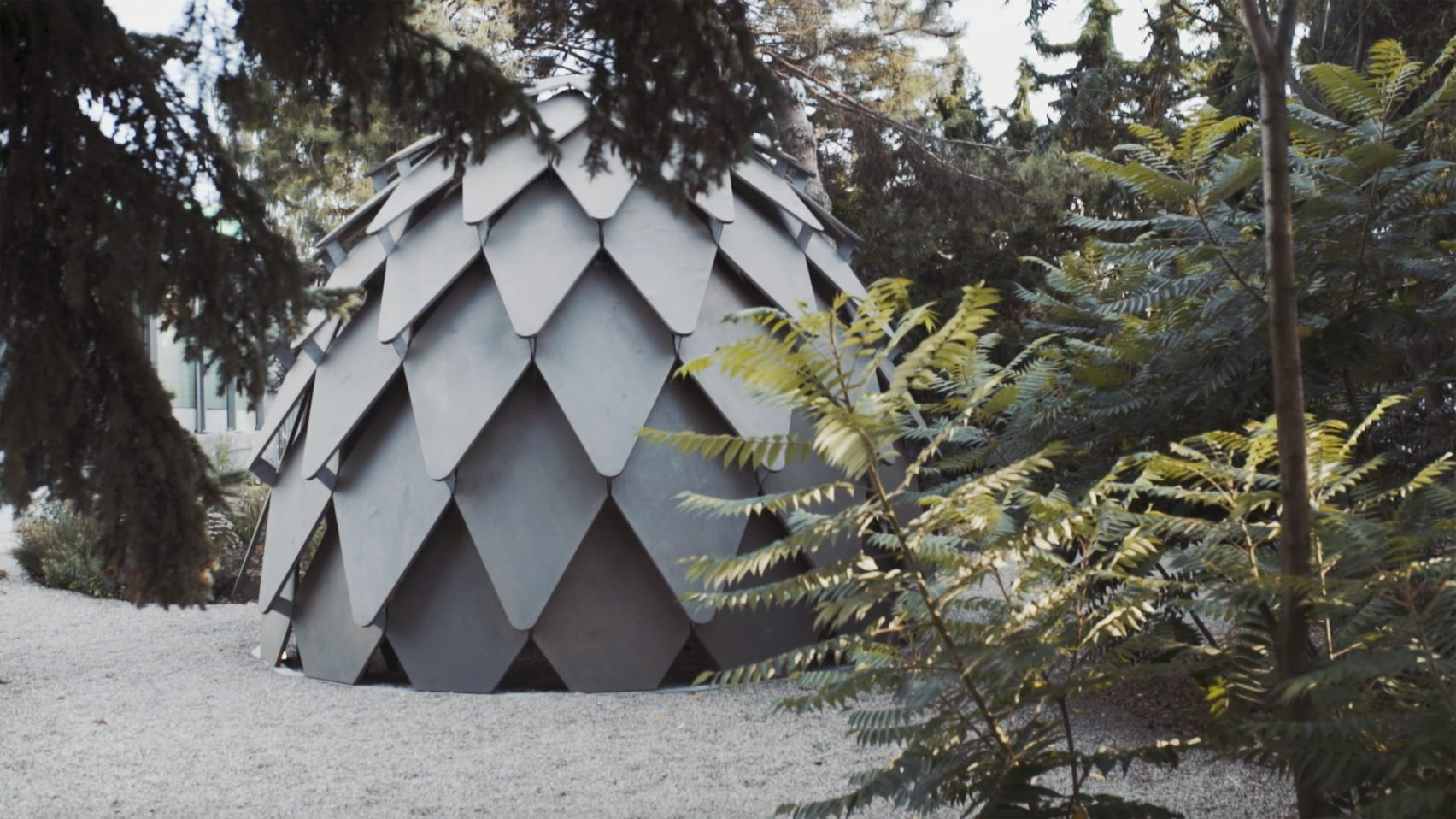 pinecone-mobile-gazebo-atelier-sad-noko-02.jpg