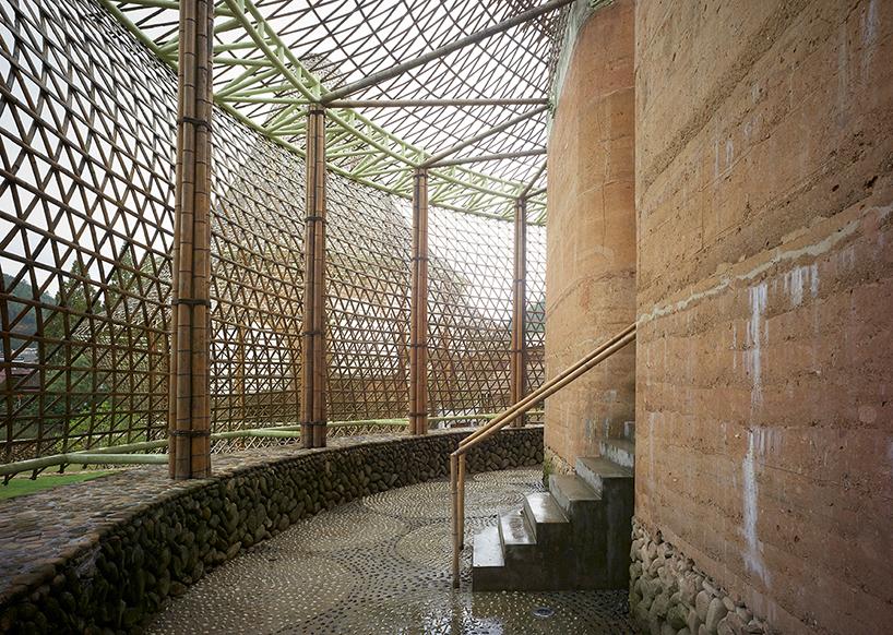 international-bamboo-architecture-biennale-xitou-village-china-designboom-10.jpg