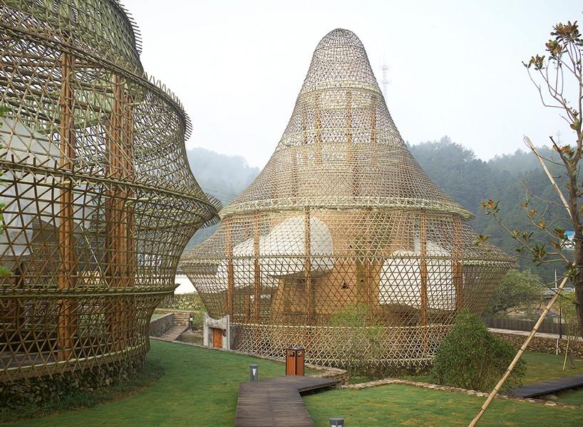 international-bamboo-architecture-biennale-xitou-village-china-designboom-818-818x600.jpg