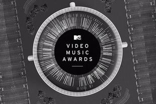 Kim Kardashian, Gwen Stefani és Nina Dobrev is díjat ad át az MTV VMA-n