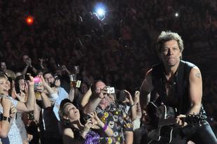 Rocklegendák extra - Bon Jovi 2011. június 08. Zágráb