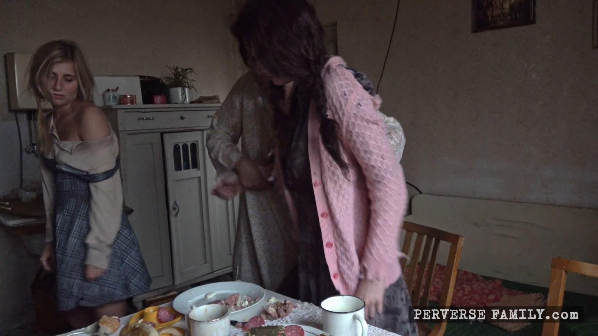 perverse-family-unexpected-breakfast-1920x1080_mp4_20191031_085741_751.jpg