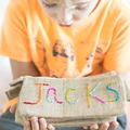 Hangolódjunk az iskolára: ötletek tolltartóra
