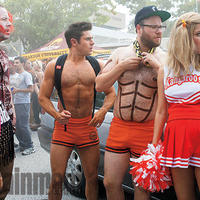 Neighbors 2 képkocka
