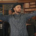 Justin Timberlake farzsebében érzi a napfényt