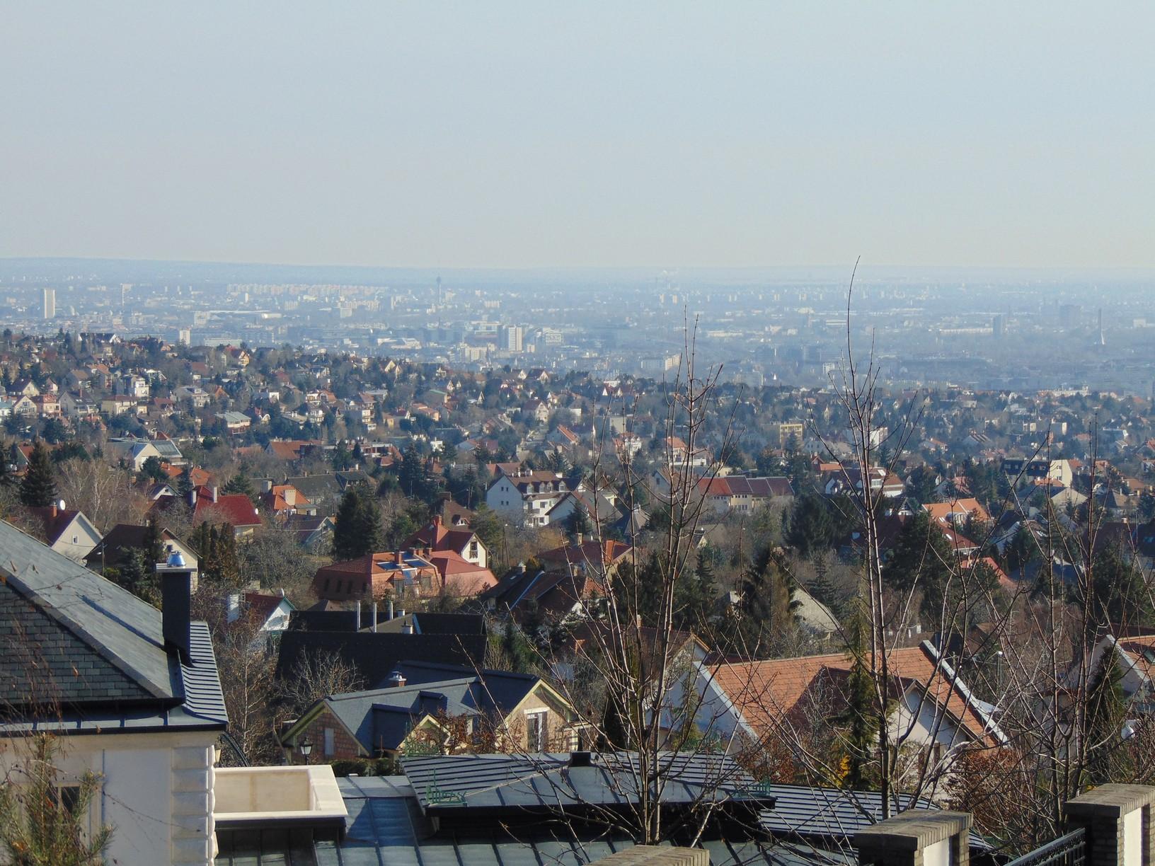 Kilátás Budapest határából a fővárosra